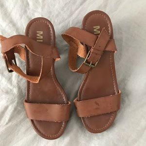 Chunky heels - only worn once